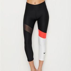 Nike colorblock power crop leggings